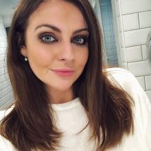 Female Professional seeking roomshare in Fulham