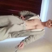 Male Professional seeking roomshare in Romford