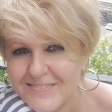 Female Professional seeking roomshare in London Colney