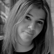 Female Professional, Noraloncsar, seeking flatmate in London, United Kingdom