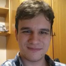 Male Student, Andrew, seeking flatmate in London