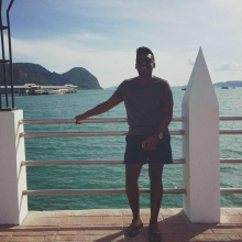 Male Student seeking roomshare in Canary Wharf