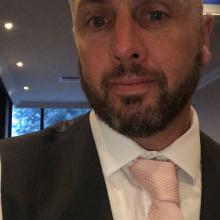 Male Professional seeking roomshare in Bristol