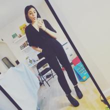 Female Professional, Ellenjojunk, seeking flatmate in London, United Kingdom
