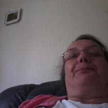 Female Other, Anne, seeking flatmate
