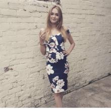 Female Professional seeking roomshare in Newcastle
