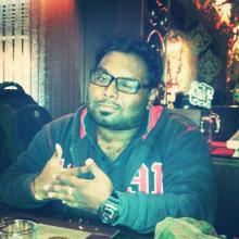 Male Professional, Ashim, seeking flatmate in LU1