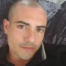 Male Professional seeking roomshare in Sunbury-on-Thames
