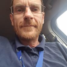 Male Professional seeking roomshare in M41