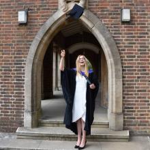 Female Professional, Karolina, seeking flatmate in London
