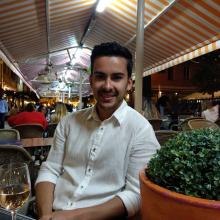 Male Student, Dorin, seeking flatmate in London