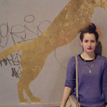 Female Student, Maria Clara, seeking flatmate in London