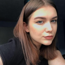 Female Professional, Sharna, seeking flatmate in Manchester