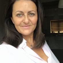 Female Professional, Lottie, seeking flatmate in Covent Garden