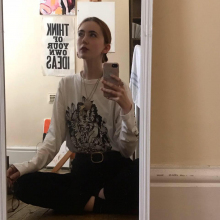 Female Student, Maya, seeking flatmate in Manchester