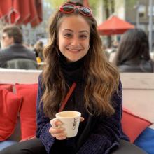Female Student, Noor Sawaf, seeking flatmate