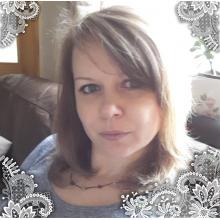 Female Professional, Iveta, seeking flatmate in Sutton Coldfield
