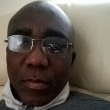 Male Professional, Yemi, seeking flatmate in Newcastle Upon Tyne