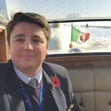 Male Professional, Dominic, seeking flatmate