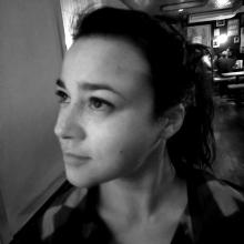 Female Professional, Sarah, seeking flatmate in Clapham Junction