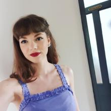 Female Professional seeking roomshare in Hackney