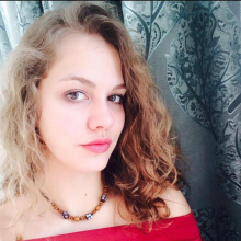 Female Student seeking roomshare in Waterloo