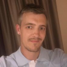 Male Professional seeking roomshare in Birmingham