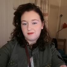 Female Professional, Ravenblade93, seeking flatmate in London, United Kingdom