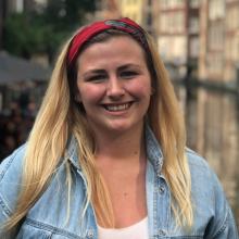 Female Student, Hannah, seeking flatmate in Manchester