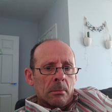 Male Professional seeking roomshare in Greenwich