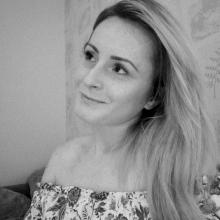 Female Professional seeking roomshare in Armley
