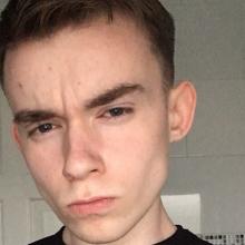 Male Student seeking roomshare in East London
