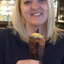 Female Professional seeking roomshare in Streatham High Road