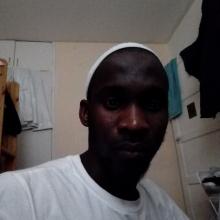 Male Professional seeking roomshare in London W10, United Kingdom