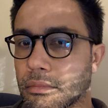 Male Professional seeking roomshare in Angel
