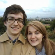 Couple Professional seeking roomshare in London