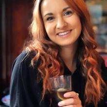 Female Professional, Natalie, seeking flatmate in City Centre Manchester
