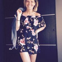 Female Professional, Dora, seeking flatmate in Roehampton Lane