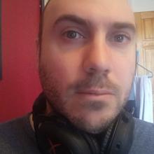 Male Professional, Jérémie, seeking flatmate in Bethnal Green