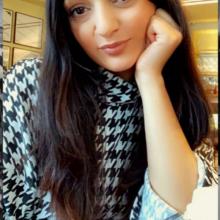 Female Professional, Sheena Ahmed , seeking flatmate in Biggleswade