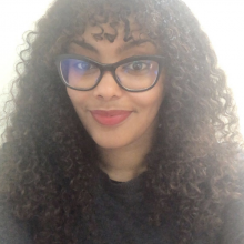 Professional, Laila, seeking flatmate in London