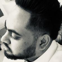 Male Professional, Vin, seeking flatmate in London