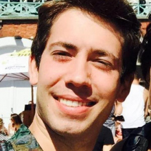 Male Professional, Sergio, seeking flatmate in London, United Kingdom