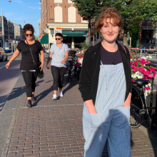 Female Professional, Alex , seeking flatmate in Southampton