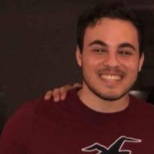 Male Professional, Omar, seeking flatmate in Manchester