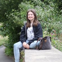 Student, Gemma, seeking flatmate