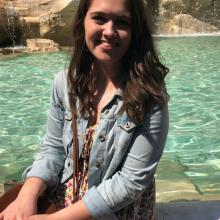 Female Student, Amy, seeking flatmate in BA1