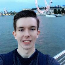 Male Professional, Arron, seeking flatmate in London, United Kingdom