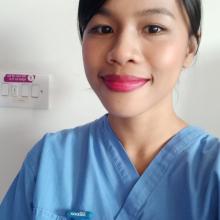 Female Professional, Azalea Lopez, seeking flatmate in East London