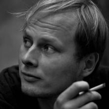 Male Professional, Michal, seeking flatmate in Greenwich